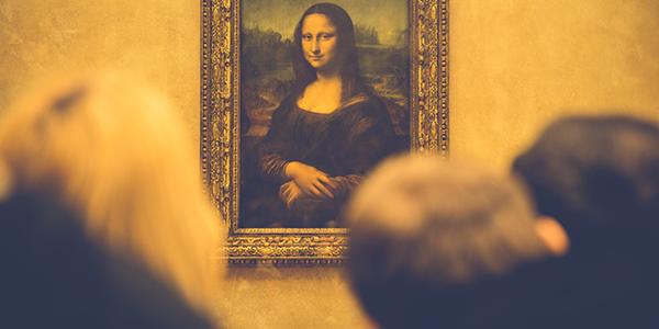 Obrazy dokresľujú auru miestnosti vjasnom svetle